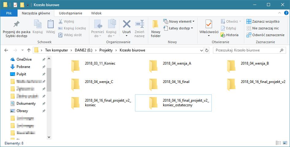 Grafika przedstawiająca okno Eksploratora Windows zawierająćego foldery z warainatami projektów